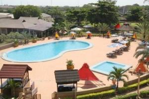 Hotel Pool & Garden
