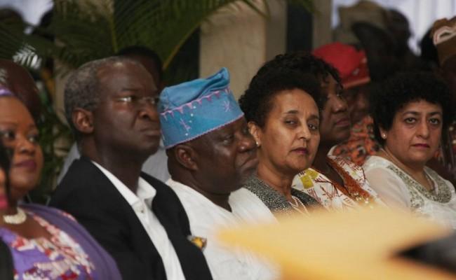 Lagos State Governor, Mr.  Babatunde Fashola, SAN (2nd left), Commissioner for Education, Mrs. Olayinka Oladunjoye (left), the Special Adviser on Education, Otunba Fatai Olukoga (3rd left), United States Consulate General in Lagos, Mrs. Dehab Ghebreab (3rd right), the Special Adviser on Eko Projects to the Governor, Ms. Ronke Azeez (2ndright), Group Director Corporate, SkipperSeil Group, Dubai, Ms. Poonam Sechdeva right) and Chairman, Tanus Communications, Dr. Yemi Ogunbiyi