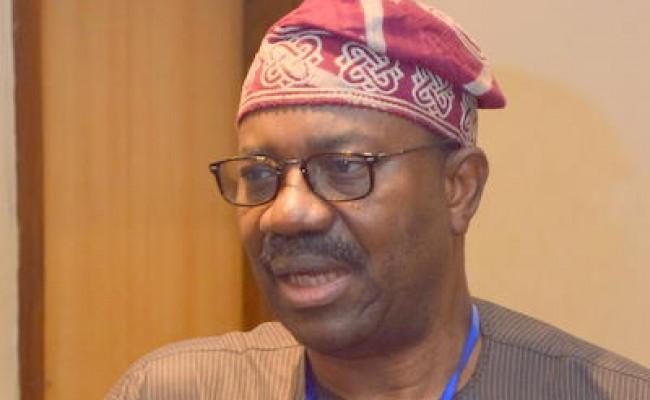 Chief Akinbobola Badu 1-DSC_0599
