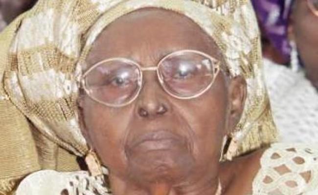 1-Mama-HID-Awolowo