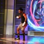 Kelvin performing.