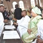 L-R: Lagos State Governor, Mr. Akinwunmi Ambode, with his Oyo State counterpart, Senator Abiola Ajimobi, his wife, Florence and Wife of Late Oba Samuel Odugade, Olubadan of Ibadan, Olori Morenike Odugade