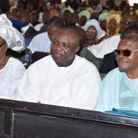 Lagos State Governor, Mr. Akinwunmi Ambode, flanked by Wife of Late Oba Samuel Odugade, Olubadan of Ibadan, Olori Morenike Odugade and  former Military Governor of Old Oyo State, Gen. David Jemibewon (rtd.)