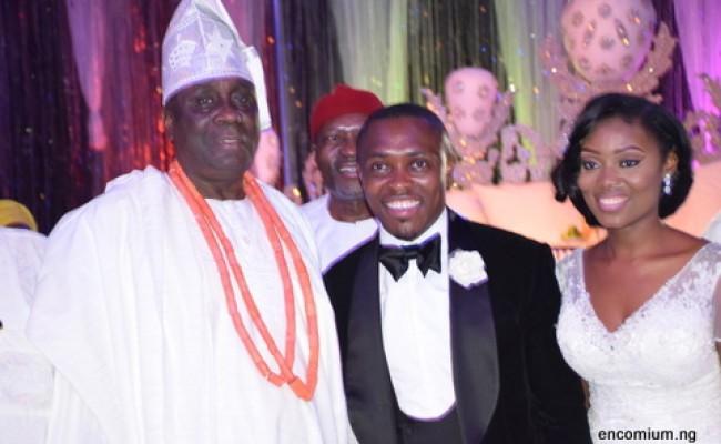 OBA OF LAGOS RILWAN AKIOLU WITH THE COUPLE