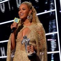 Beyonce 1-Fullscreen capture 8292016 120646 PM-001
