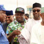 L-R: Lagos State Governor, Mr. Akinwunmi Ambode (middle), with APC National Organising Secretary, Mr. Osita Izunaso; Adamawa State Governor, Sen. Bindo Jibrilla; his Niger and Kebbi States counterparts, Governor Abubakar Sani Bello and Governor Atiku Bagudu