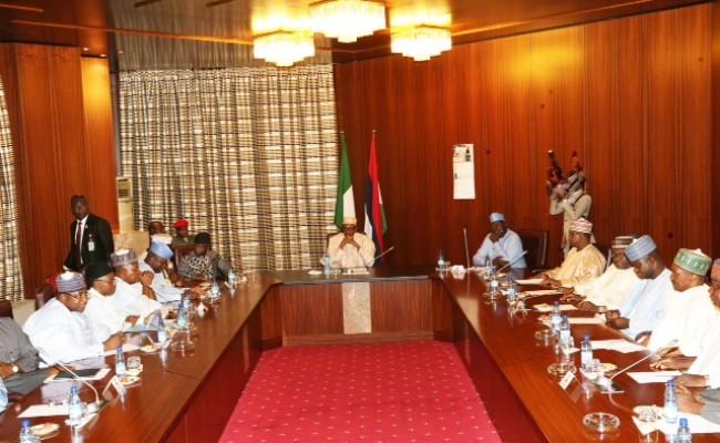 president-buhari-presides-over-apc-governors-forum-3