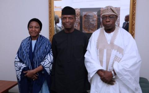 L-R; Acting President Yemi Osinbajo, Wife of Late Head of State, Mrs Ajoke Murtala Muhammed and Former President Olusegun Obasanjo